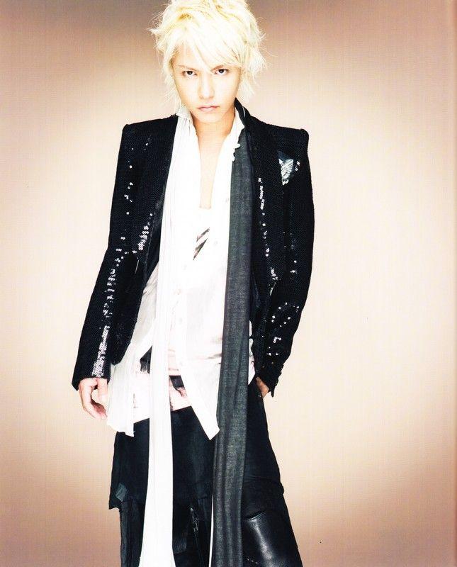 2010 #hyde #hidetotakarai #takarai #hydetakarai #larcenciel #vamps #ラルクアンシエル #寶井秀人 #2010