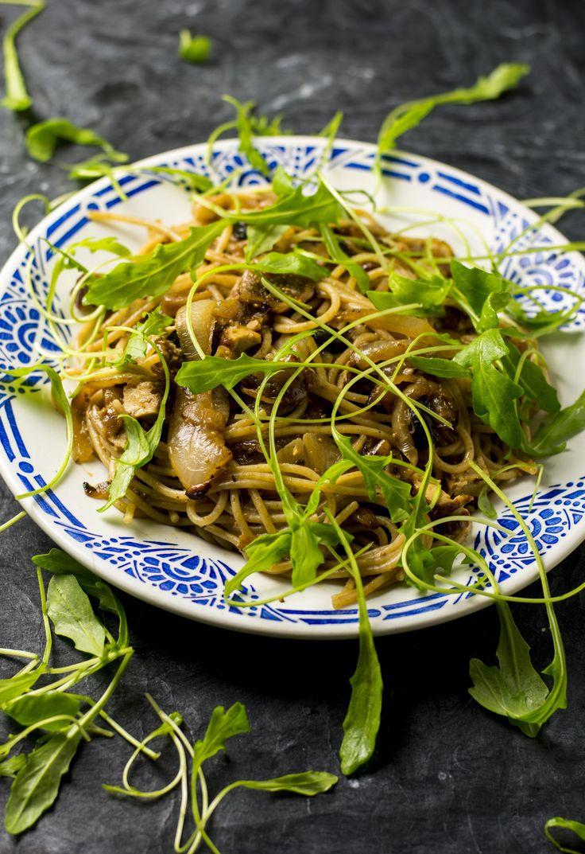 Spaghetti aux Oignons Confits et à la Figue [Vegan]