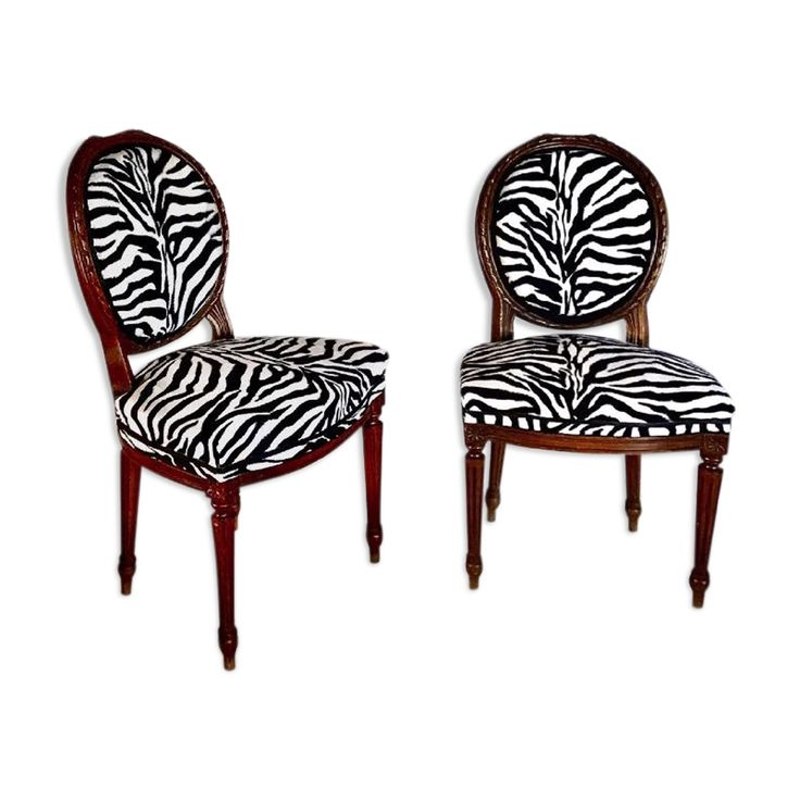 Duo of Louis XVI medallion chairs   – Products