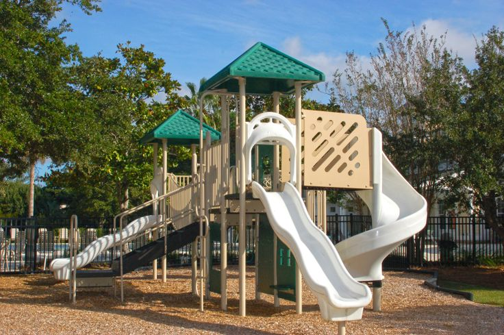 http://www.goldenbearrealty.com/sc/mount-pleasant/belle-hall.php Belle Hall children's playground #BelleHall #MountPleasant