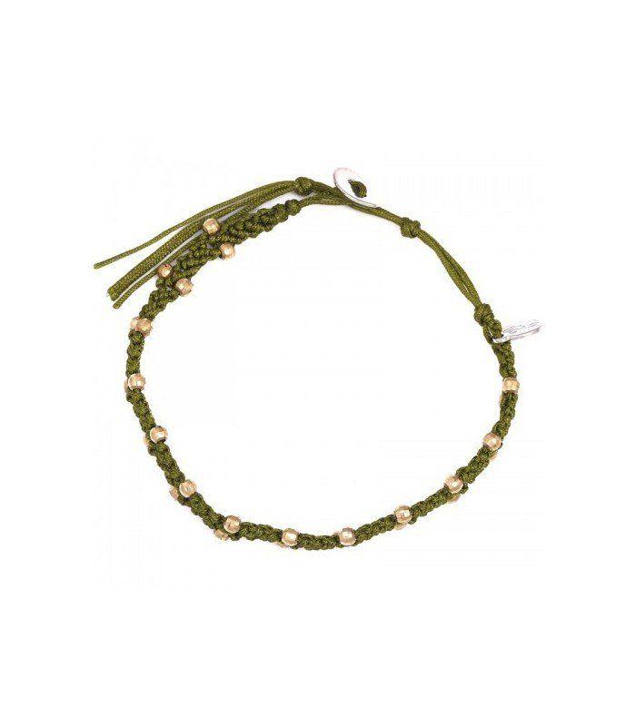 Groene gevlochten armband met gouden balletjes. De mooiste Armbanden koop je online Snelle levering Trendy en moderne Armbanden Groene armbanden...