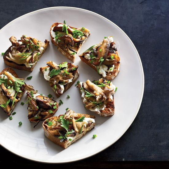For his hearty, vegetarian wild mushroom crostini, chef Ford Fry of No. 246 tops creamy ricotta with a mix of garlicky mushrooms and a handful of herbs.