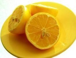 Limão, mel e azeite para desintoxicação do cólon