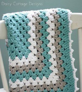 Would you crochet this baby blanket for your favorite little one? What colors would you pick?