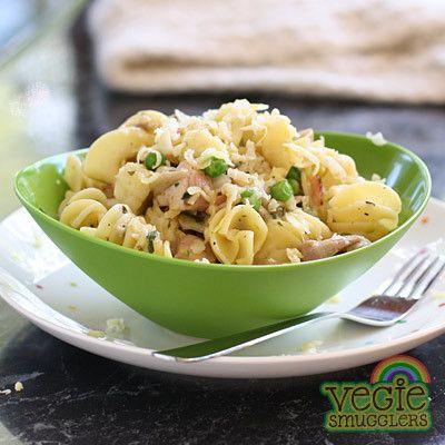vegie smugglers chicken pasta with vegies.