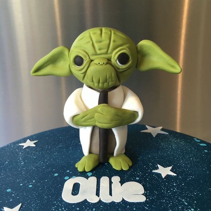 Yoda gumpaste and fondant figurine.