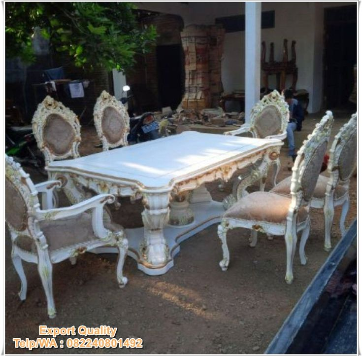 Set Meja Makan Minerva Klasik desain mewah kualitas Export. Meja Makan Klasik ini berasal dari bahan baku kualitas Standar Legal Perhutani.