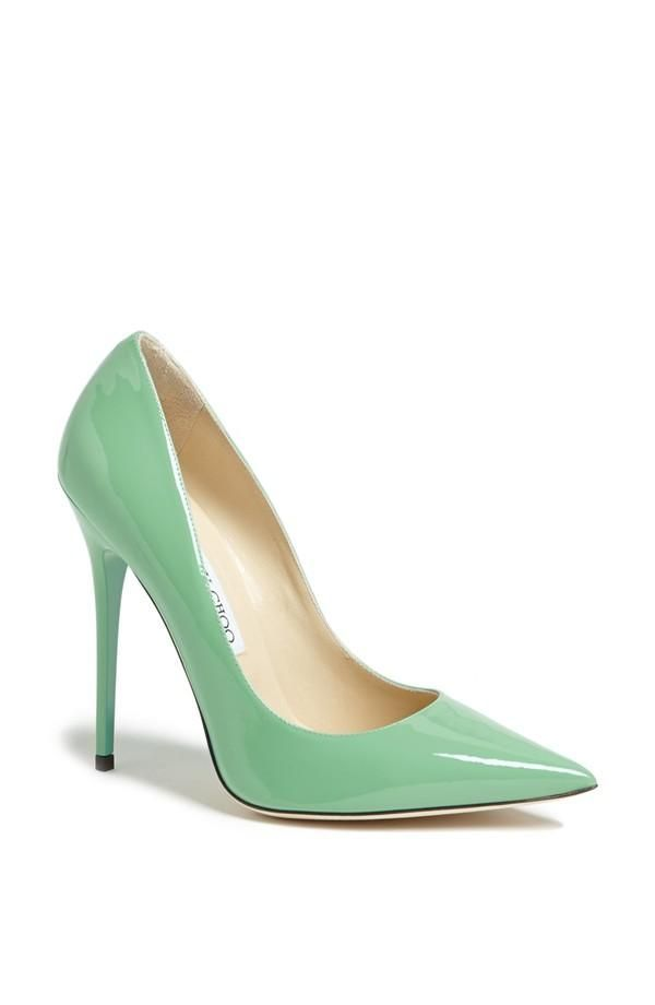 Mint patent Jimmy Choo pump, for those who dare to still wear heels during their pregnancy! #perfectspringcolor
