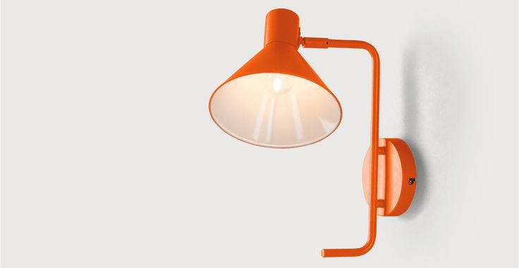 Truman wandlamp, mat gebrand oranje | made.com