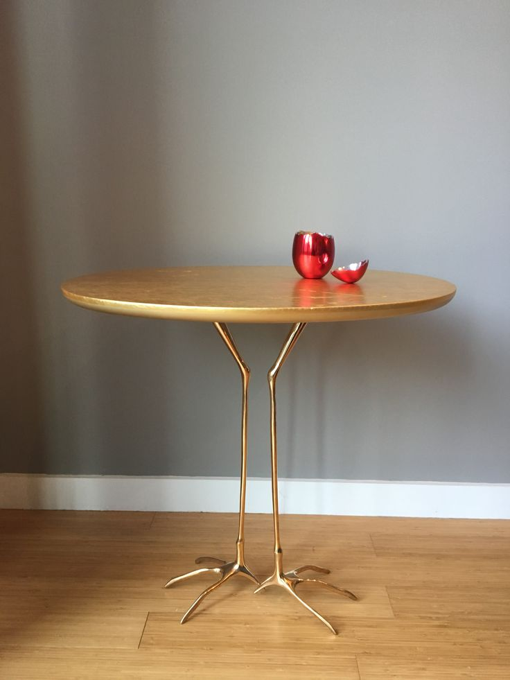 Is it bizarre enough for that friend you never know what to donate? Traccia small table by Cassina.