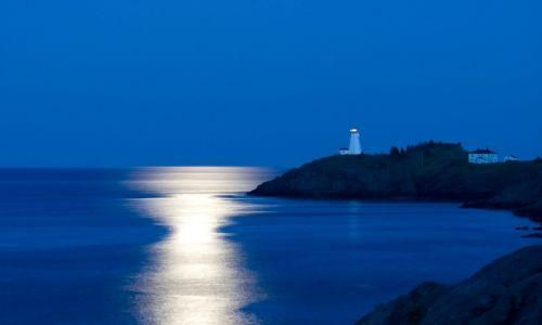 Grand Manan, swallowtail lighthouse at night.