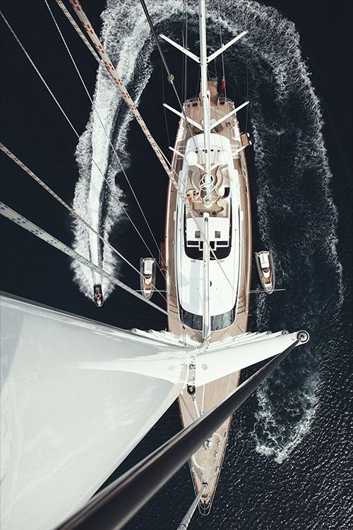 Making an entrance Panthalassa Yacht