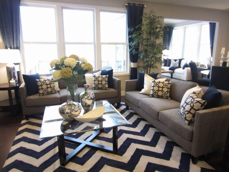 آبی به چه رنگ هایی می آید رنگ آبی موجب ایجاد حس تازگی و ظرافت و قطعیت In 2020 Living Room Decor Gray Living Room Grey Navy Blue Living Room