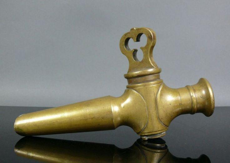 Zapfhahn (19./20.Jh.)Bronze; L: 26,5 cm — Varia/Metalle/ Relig. Volkskunst