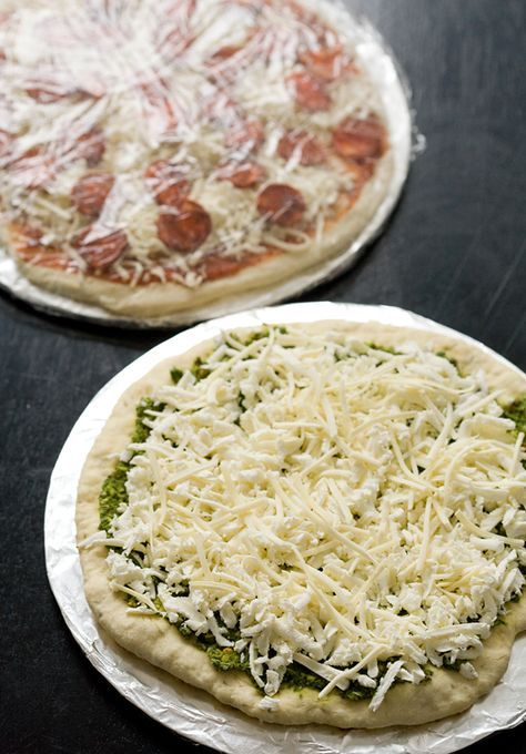 Homemade Frozen Pizzas! Yes Please, would be a great group project to share ingredients and well maybe cook a few too to enjoy after all the hard work!