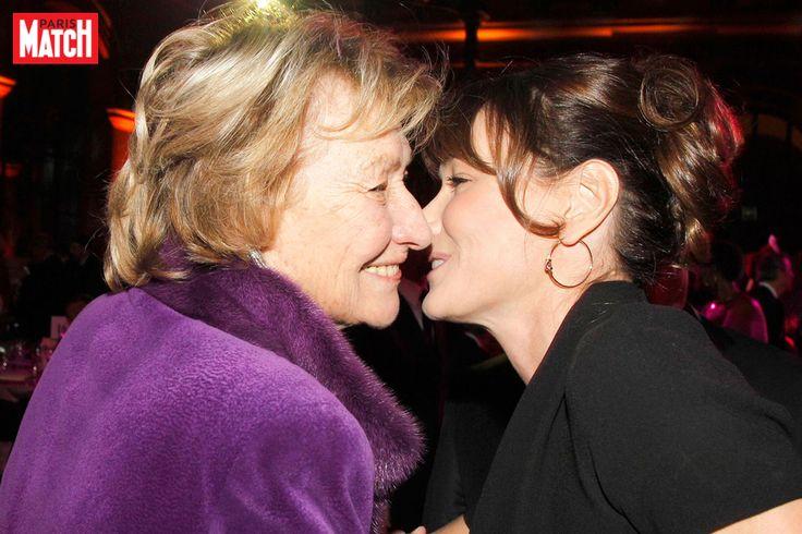 Pour les 87 ans de sa mère Marisa Bruni Tedeschi, Carla Bruni-Sarkozy a partagé une jolie photo d'elle et un petit mot tendre.