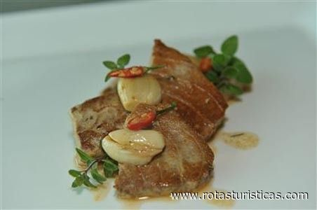 Bife de Atum à Madeirense, Receitas culinárias de Ilha da Madeira Portugal - Rotas Turísticas