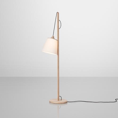 DESIGNDELICATESSEN - Muuto - Pull - stålampe