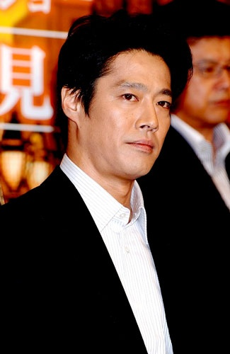 Shinichi Tsutsumi is a Japanese actor. 堤真一