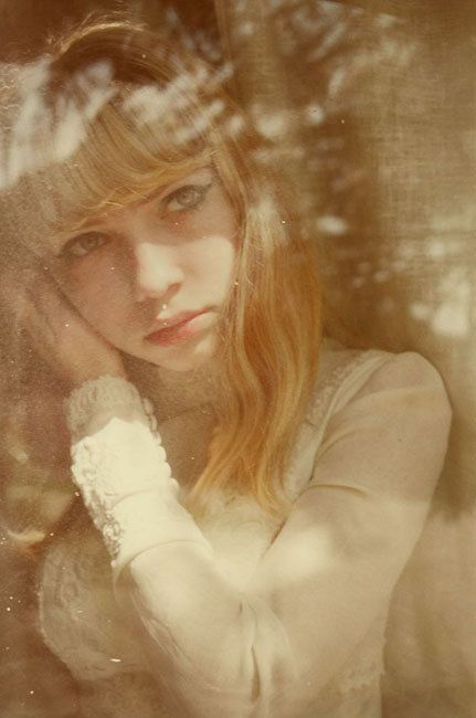 Oyster #99: Tavi Gevinson x Petra Collins | Oyster