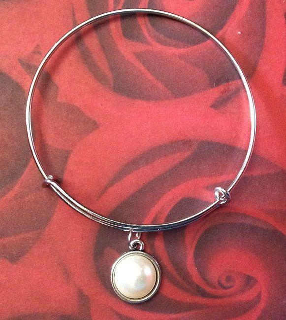 Disponível - http://magic-rose-bijou.shopmania.biz/catalog/pulseiras-2