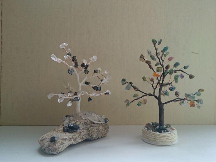 Mini trees with gemstones. Мини композиции деревьев счастья из натуральных камней