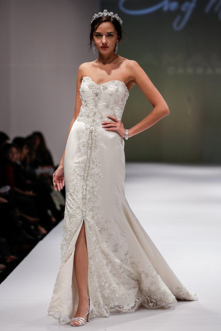 Pin for Later: Les Plus Belles Robes de Mariée de la Bridal Fashion Week Automne 2014  Eve of Milady Bridal Autumn 2014