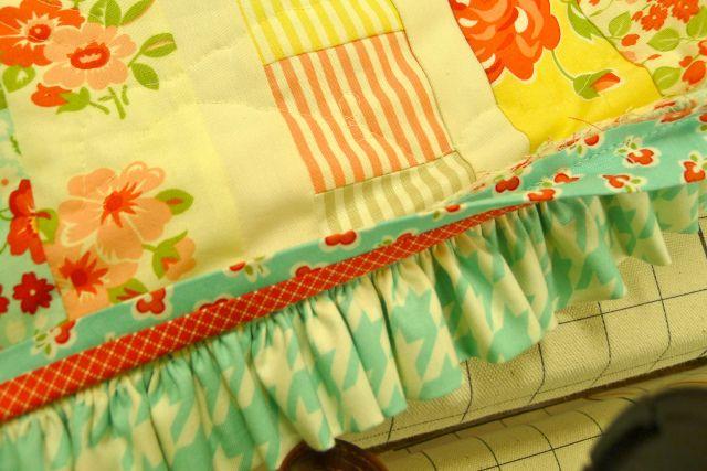 Tutorial!  DARLING ruffled quilt binding!  Luv luv luv it!!