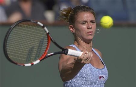 テニスのBNPパリバ・オープン3回戦で、前年覇者のマリア・シャラポワを破る金星を挙げたカミラ・ジョルジ。22歳。シャラポワに負けない美貌からも、今後が期待されるスター候補の1人だ(AP) ▼23Mar2014産経新聞|テニス界の美しきホープは金星挙げる実力派 http://sankei.jp.msn.com/sports/news/140320/oth14032016120008-n1.htm #Camila_Giorgi