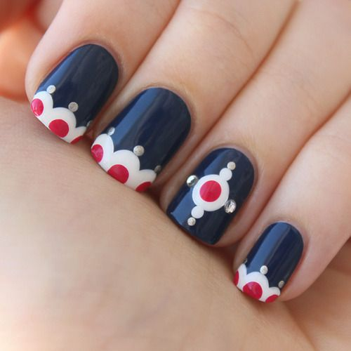 Cute design that can be done entirely with dotting tools.