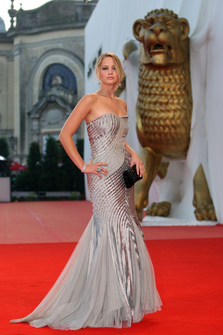 Jennifer Lawrence: Best red carpet looks #Gorgeous