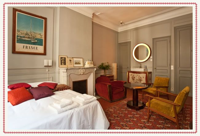 Rooms and Rates - Pension Edelweiss - Bed and Breakfast Marseille Vieux Port Canebière, France