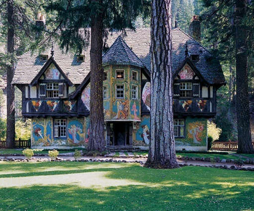In the 1930s, architect Julia Morgan designed several houses as part of William Randolph Hearst's Northern California retreat, Wyntoon. Willy Pogany, a Hollywood set designer and illustrator of children's books, created the murals on the timber façade of Bear House, where Hearst always stayed.