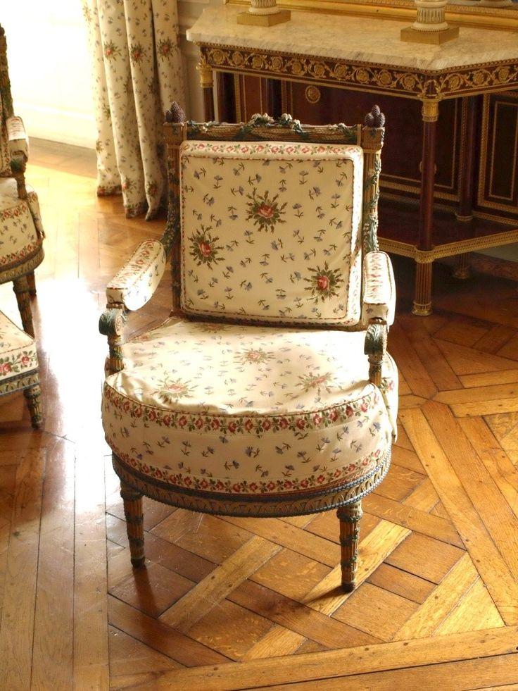 les 83 meilleures images du tableau pt1 chambre marie antoinette sur pinterest marie. Black Bedroom Furniture Sets. Home Design Ideas