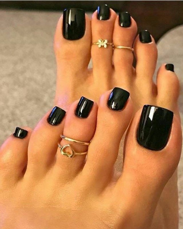 Why Are These Nails So Long Long Toenails Pretty Toe Nails Acrylic Toes
