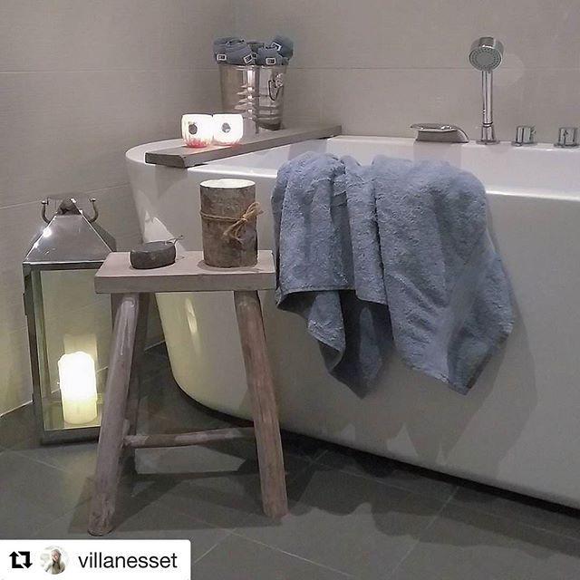 GOD FREDAG 🍁☀️🍂Og takk til @villanesset som lar oss dele fra sitt koselige bad #delminfredag #vikingbad #deldittbad #bathroompic #skandinaviskehjem #bathroom #bathroompic #baderomsinspo #baderomsinspirasjon #inspire #instahome #inspiração