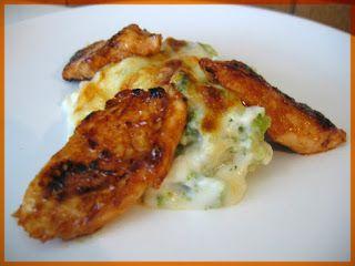 sertésparádé: Barbecue csirkemell sajtos brokkolival