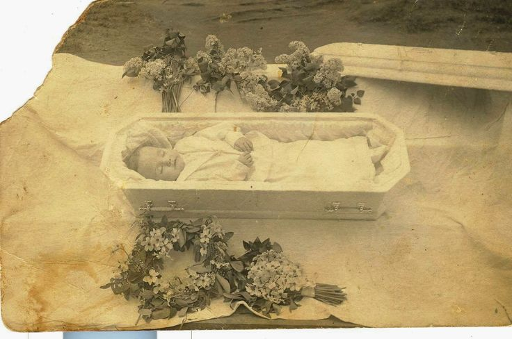 passed from Bronchial Pneumonia in 1913, ca. two years old
