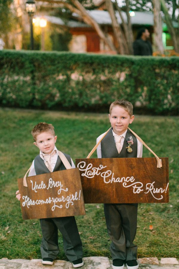 Ring Bearers Holding Wood Signs Http Trendybride Net