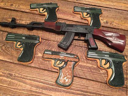 11см -250 руб - пистолет. Кулинарные сувениры ручной работы. Военные игрушки. Съедобные игрушки. Ярмарка Мастеров. Пряники, подарок мужчине, кадеты, мёд, пряник