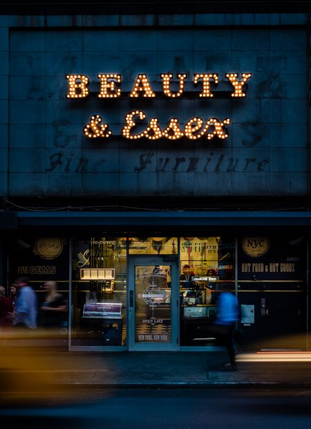 New York | Beauty and Essex Lower East Side - Enter Thru Pawn Shop
