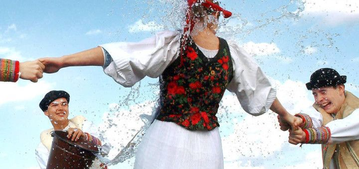 slovak easter, slovak traditions, private tours in slovakia, oblievacka