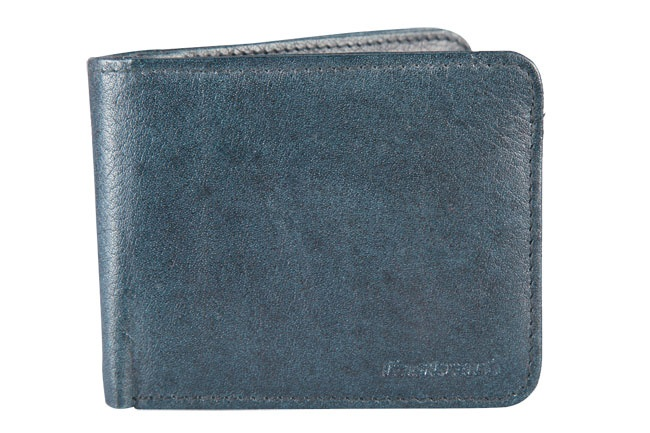Leather Bi-fold wallet with embossed rivet detail and extra coin compartment. Wallets from Fastrack http://www.fastrack.in/product/c0330lbl01/?filter=yes=india=7=4&_=1334231917984