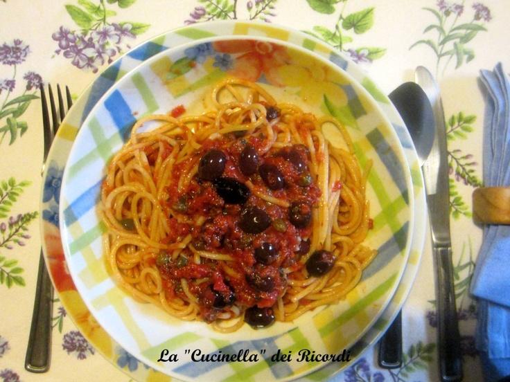 Vermicellini   con le vongole scappate (salsa Olive e capperi)