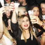 LORY DEL SANTO FESTEGGIA THE LADY CON UN SUPER PARTY - BOLLICINE VIP