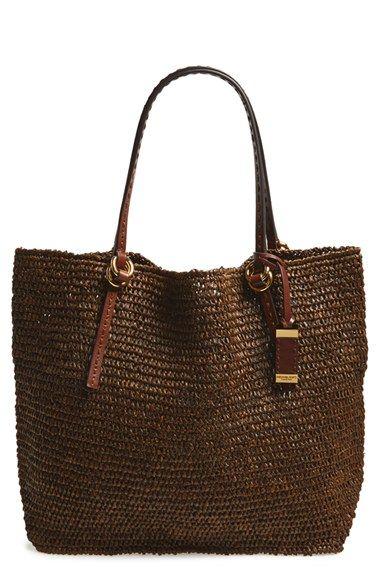 Michael kors, me encanta este diseñador y este bolso de rafia es divino