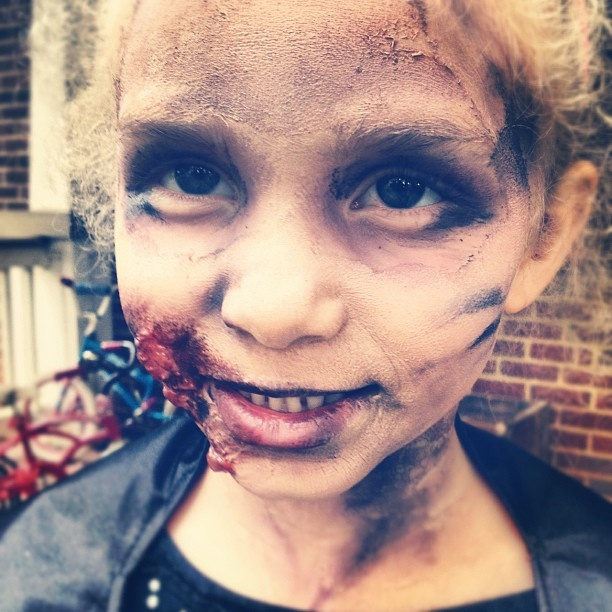 Best 10+ Zombie makeup easy ideas on Pinterest | Zombie makeup ...