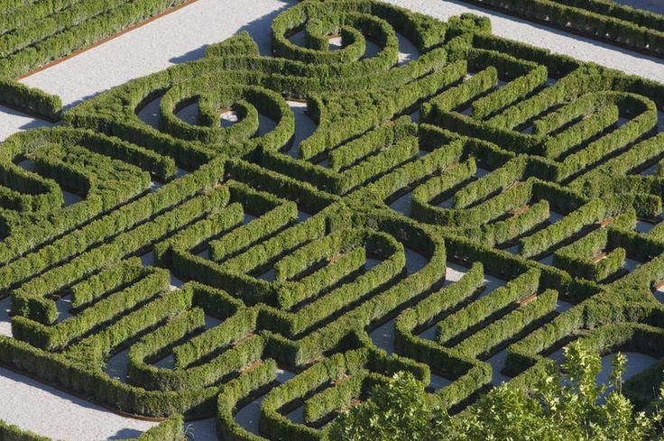 Labirinti italiani, 12 giardini da non perdere. Da quello dedicato a Borges a quello in pietra di Ragusa (FOTO)