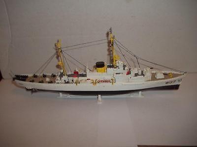 Revell-Roger-B-Taney-Coast-Guard-Cutter-Ship-Model-Kit-12-5-L-BUILT-M2