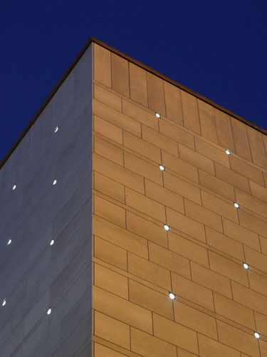 Facade lighting_Artemide Nordlight Mario Botta